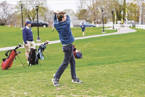 Boys JV Golf Drives For Success
