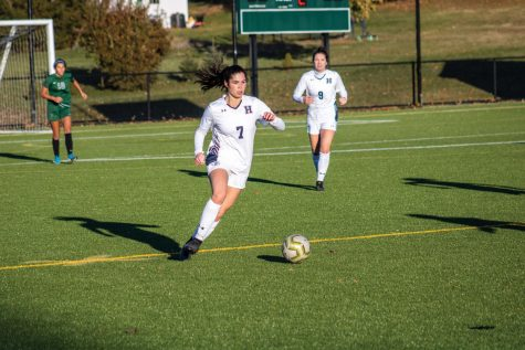 Girls Varsity Soccer Ends Season in Semifinals