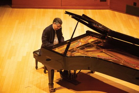 Pianist Leonel Morales performed four pieces in Elfers Hall last Friday.