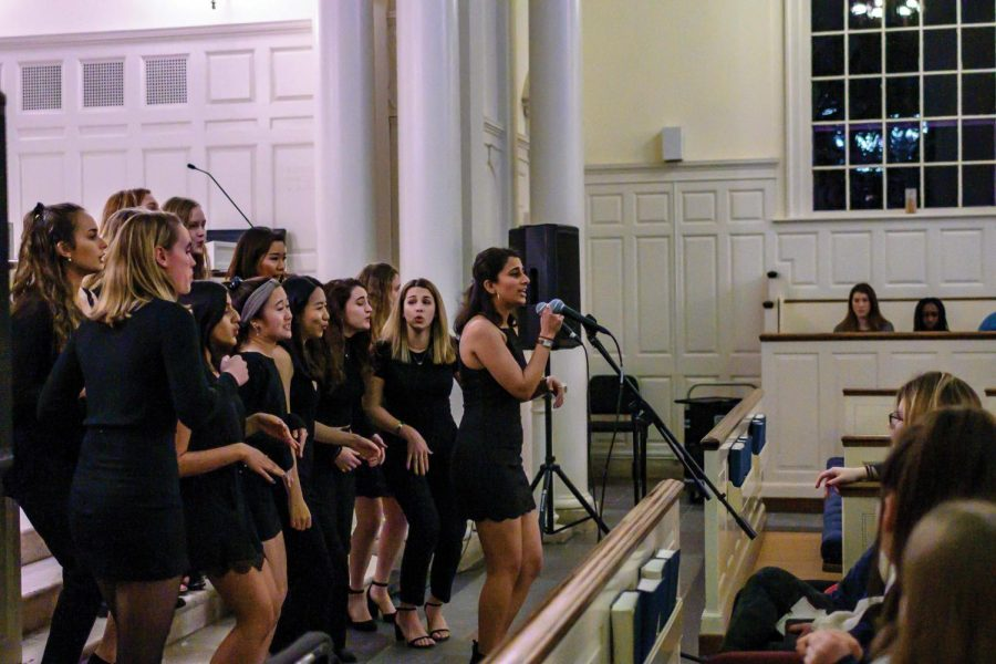 Tufts A Capella  Group Visits Campus