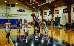 Girls Varsity Basketball Looks to a Bright Future