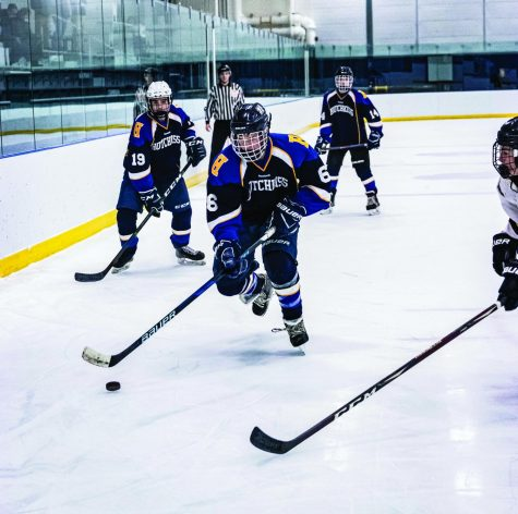 Boys JV Hockey Integrates New Players
