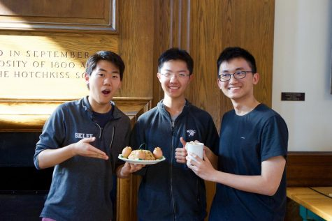 From left to right: Shine Lee '20, Q Zhang '18, and Frank Cai '20 won the silver prize in the 2018 Chinese Club Stir-Fry Competition.