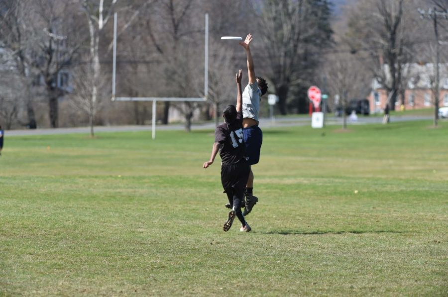 Off-season+sports+such+as+ultimate+frisbee+are+now+available+as+club+co-curriculars+in+the+fall.