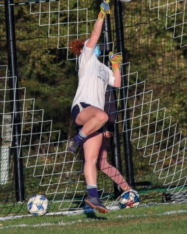Tarantino practicing on Hoyt Field this October. Girls Varsity Soccer has been focusing on building skills and strength this season.