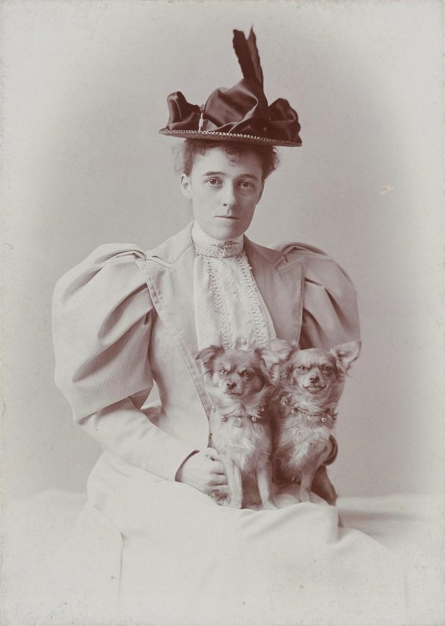 Edith Wharton was an early 20th-century American novelist and the first woman to win the Pulitzer Prize.