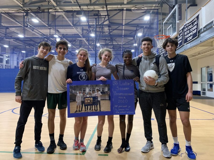 The winning team from last year features (left to right) William Burke '22, Peter Kallos '22, Lydia Bullock '22, Chayce Skenderis '23, Fati Salifu '22, Carlos Martinez '22, and Justin DiCarlo '22.
