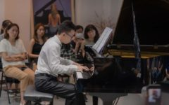 Shi played Rachmaninoffs Moment Musicaux No.4 during the masterclass with Lang Lang.